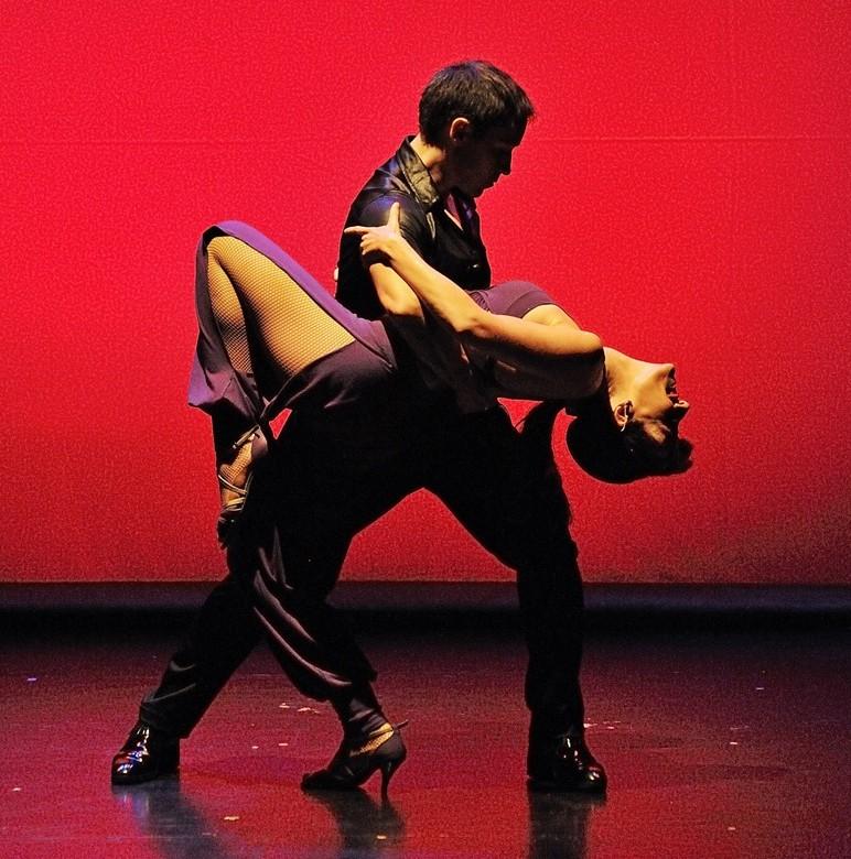 Juan Brenes y Laura Holt. paso a dos. Juan Brenes Dancer. Blog