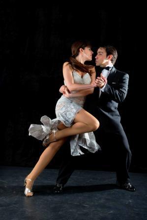 Profesores de Baile en madrid, Clases de Baile en Madrid, Clases de Salsa, Clases de Bahata, Clases de Tango, Baile de Boda Tango, Baile Boda Tango, Baile de Novios Tango, Baile Novios Tango, Baile Nupcial Tango, Tango Wedding Dance. Clases de Baile Madrid. Clases de Tango Madrid.