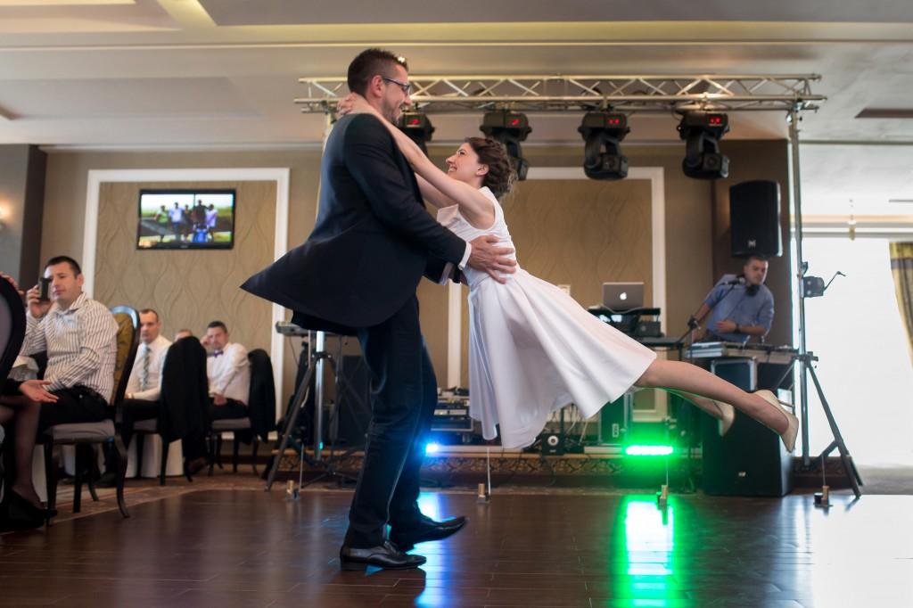 Galer a parejas de novios profesor de baile juan brenes for Academias de bailes de salon en madrid